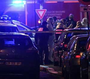 Strasbourg reopens Christmas market after shooting