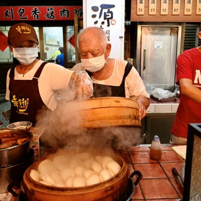 Taste of success for Taiwan's street vendors with Michelin award