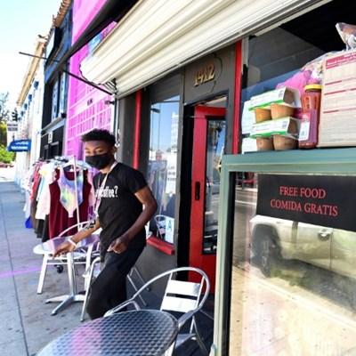 In LA, community fridges feed people hit by pandemic