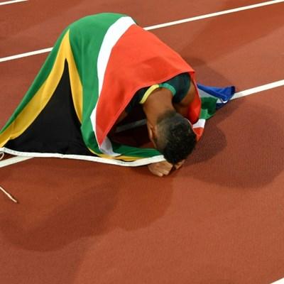 S.Africa's Van Niekerk working 'too hard' not to run in Doha