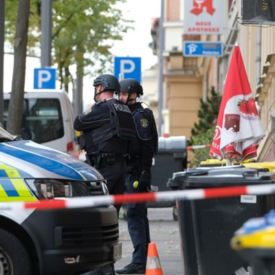 Two dead in German synagogue attack on Yom Kippur