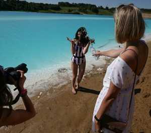Siberians flock to toxic lake for 'Maldives' selfies