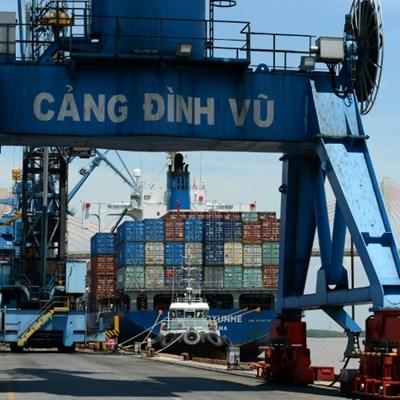 Vietnam economy unexpectedly expands, bucking global plunge