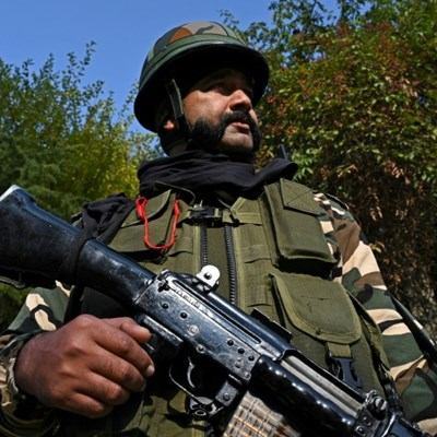 Indian Kashmir formally ceases to be a state