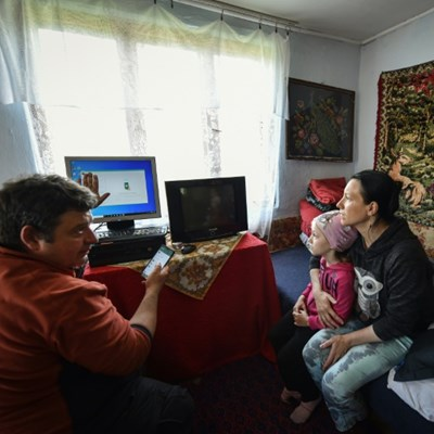 With few computers, Romania and Bulgaria face homeschool hurdles