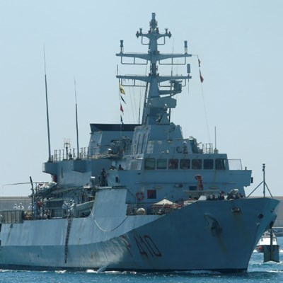 Italy, Malta rescue stricken migrants in Mediterranean