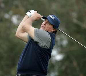 Mickelson flirts with a 59 at Desert Classic
