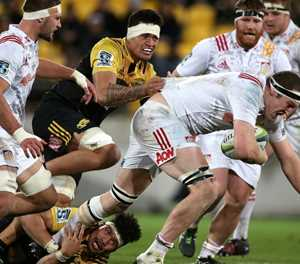 Worcester's Fatialofa to have surgery on neck injury
