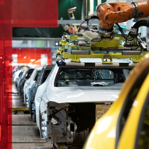 German business confidence ebbs further in June