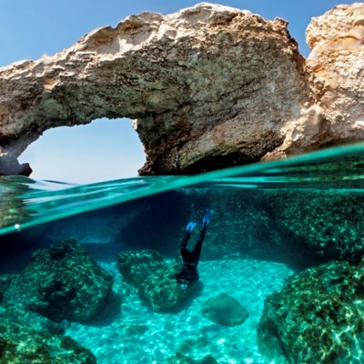 Cyprus to open up doors to vaccinated tourists from 65 countries