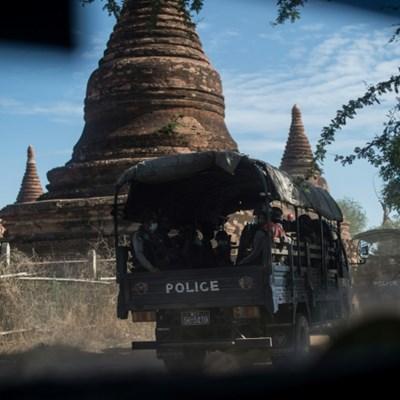 Looters target Myanmar temple treasures in tourist slump