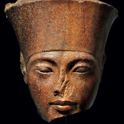 Tutankhamun sculpture's London auction sparks Egyptian outcry