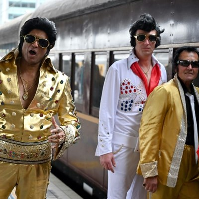 Elvis Express: fans rock n' roll their way to outback festival