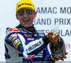 Martin pulls clear to win German Moto3