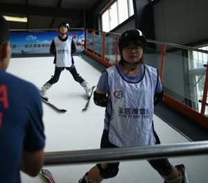Chinese farmers swap sheep for skis ahead of Olympics