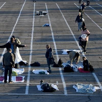 Coronavirus: Las Vegas parking lot becomes homeless shelter