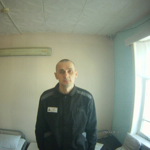 Western filmmakers urge action to save Ukraine's Sentsov