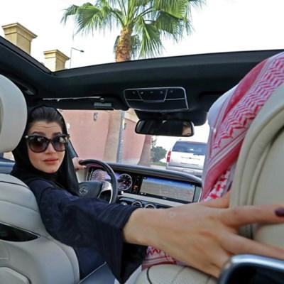 Saudi Arabia gears up to end women driving ban