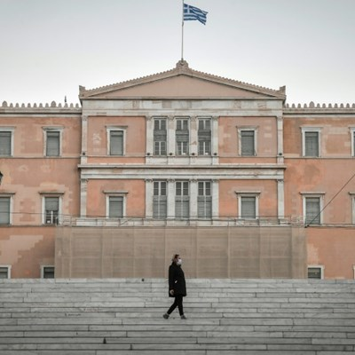 Greece's undeclared workers hit hard by virus lockdown