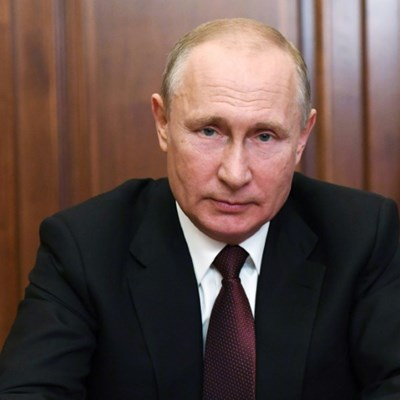 Russians cast early votes in ballot to extend Putin's rule