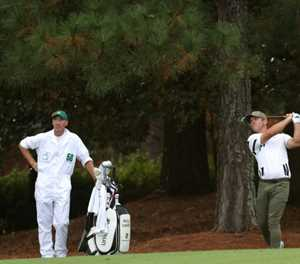 Casey leads as darkness halts opening round of Masters