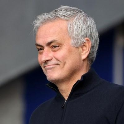 Jose Mourinho joins Roma on three-year deal