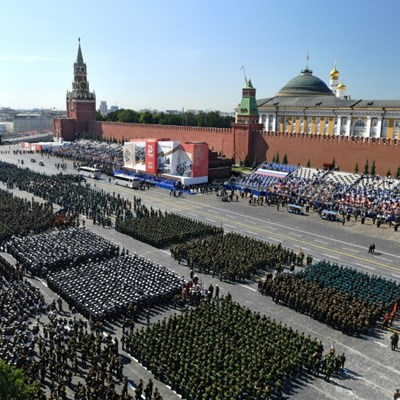 Russia stages grand WWII parade  ahead of vote on Putin reforms