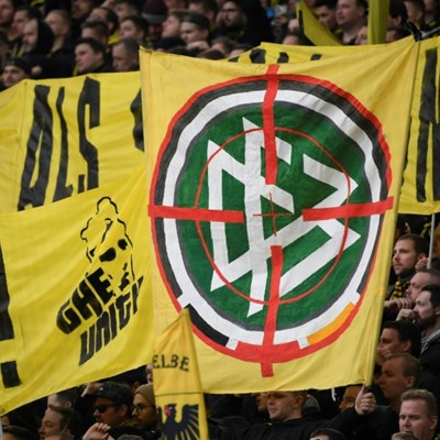 Football grinds to a halt as Bundesliga banner insults escalate