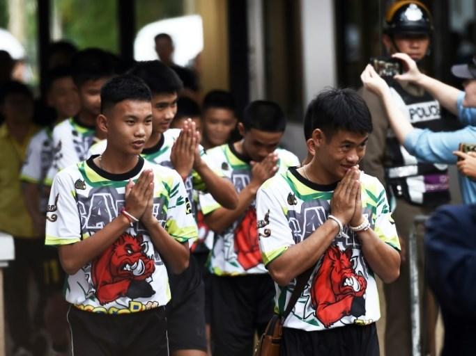 Thai cave boys describe 2-week ordeal