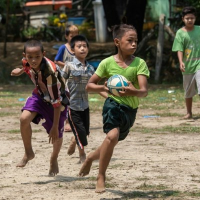 Dung and Dragons: Myanmar kids dodge cows to play rugby