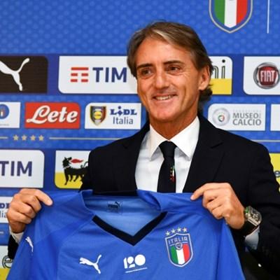 New Italy coach Mancini vows to restore Azzurri pride
