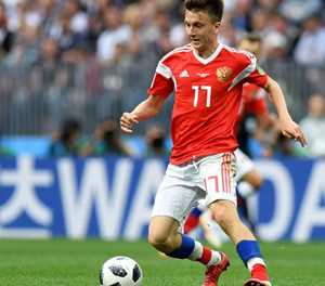 Monaco makes offer for Russia's Golovin