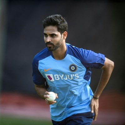 Hyderabad's Kumar out of IPL with thigh injury