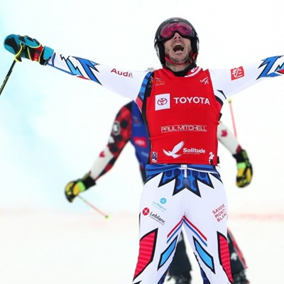Place, Thompson capture skicross world titles