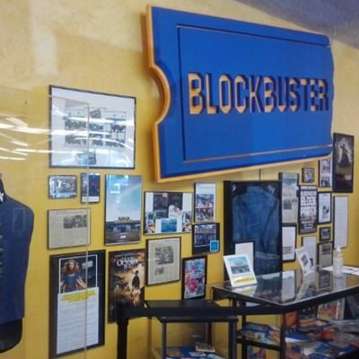Last Blockbuster store lists '90s sleepover' on Airbnb