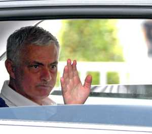 Mourinho says Roma a work in progress, titles to follow