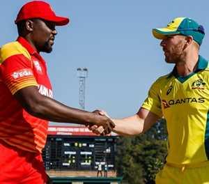 Records tumble as Australia reach 229-2