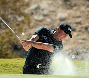 Mickelson aims for Ryder Cup, more 'bombs' as 50 nears