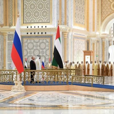 Putin in Abu Dhabi seeking $1.3 billion in investments