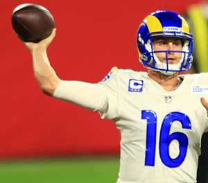 Goff's Rams use air assault to sink Buccaneers
