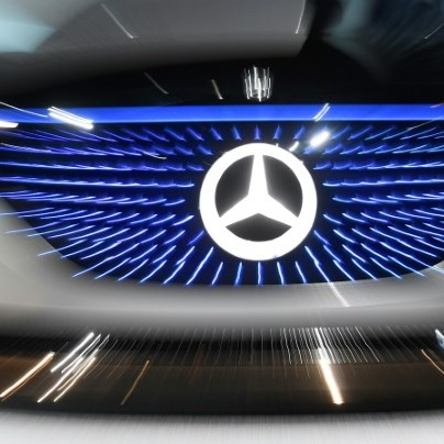 Daimler lifts outlook on higher third-quarter profits