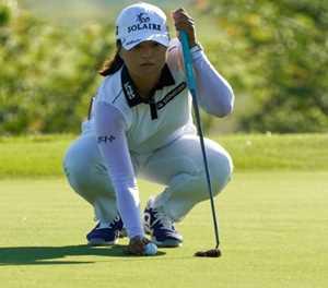 South Korea's Ko grabs one-shot LPGA lead
