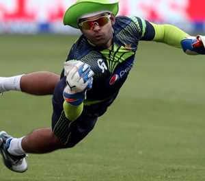 Pakistan's Umar Akmal fined for night out in Dubai