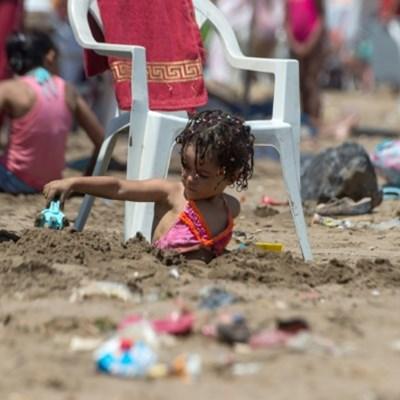 Morocco's litter-strewn beaches kick up a stink