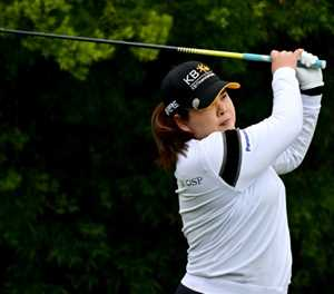 Park In-bee grabs first-round lead at LPGA Kia Classic