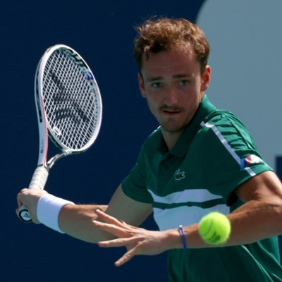 Top-seeded Medvedev toils into Miami Open fourth round