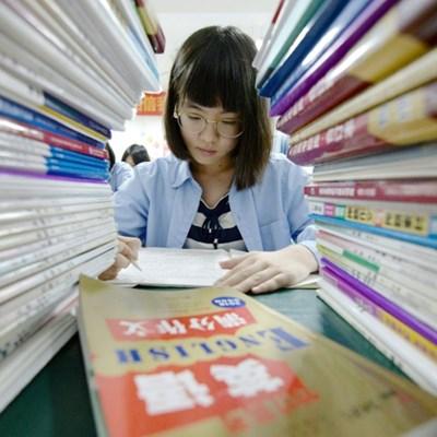 Homework curfew for Chinese children sparks heated debate