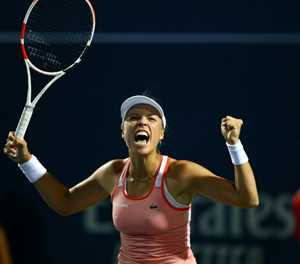 Kontaveit downs Sharapova, Kerber falls in Toronto