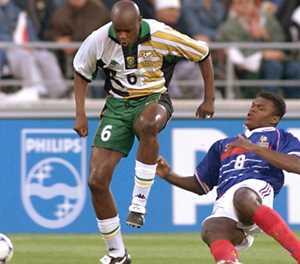 South African football 'giant' Masinga dies