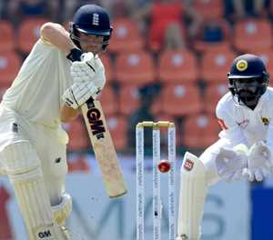 Stokes fails at three as England slip to 120-4 at lunch